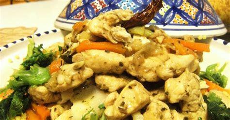 cucinare col tajine la cuoca avvenente tajine di couscous e pollo con verdure