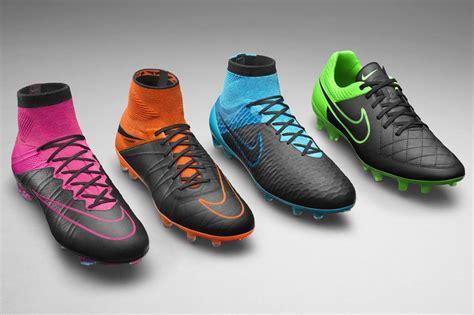 alexis sanchez new boots arsenal star alexis sanchez s new nike boots revealed