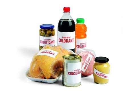 additivi alimentari nel cibo alleati o nemici della