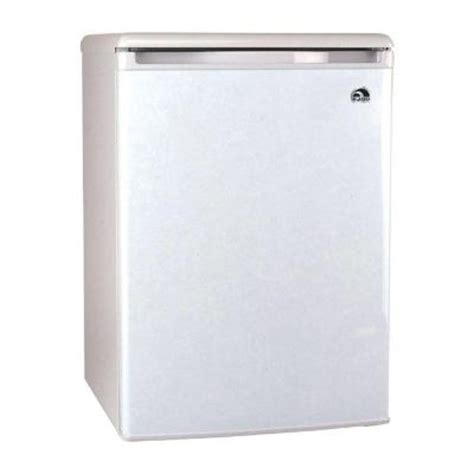 igloo 3 2 cu ft mini refrigerator in white fr320 the