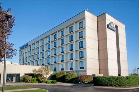 comfort inn buffalo airport days hotel buffalo airport updated 2017 prices reviews