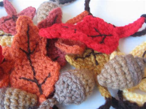 free crochet pattern leaf garland crochet n play designs free crochet pattern autumn garland