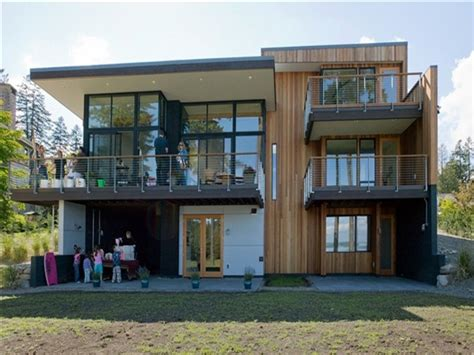modern waterfront house plans house  stilts floor plans