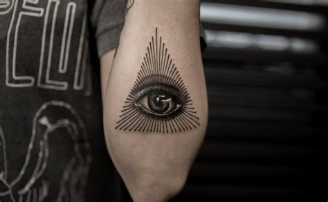 illuminati eye tattoo designs 17 eye tattoos on forearm