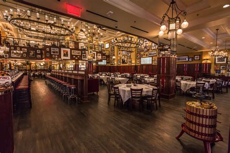 Private Dining Rooms Nyc 1 Carmine S Las Vegas Opened In July Carmine S Las