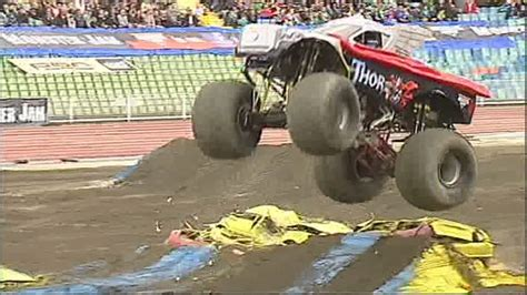 monster truck jam videos youtube monster jam monster jam monster truck highlights from