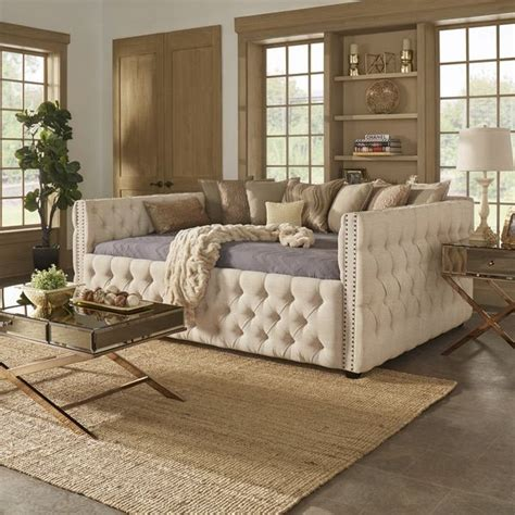 queen day bed 25 best ideas about queen daybed on pinterest double