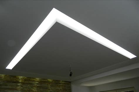 controsoffitti particolari controsoffitto in cartongesso con led ds89 187 regardsdefemmes