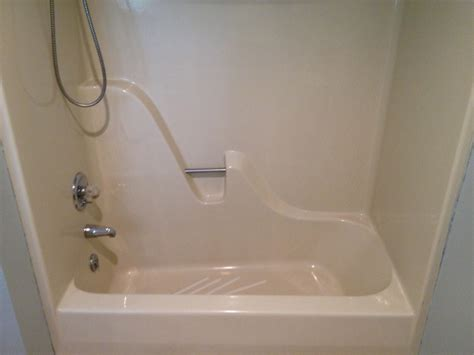 refinishing a fiberglass bathtub fiberglass shower gelcoating and refinishing