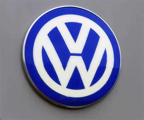 volkswagen dealers in maine maine volkswagen dealers drivers awaiting recall news