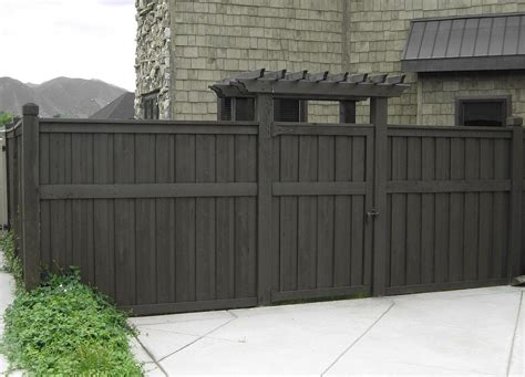 fences outdoor looking for cedar to make an outdoor fence building construction diy chatroom