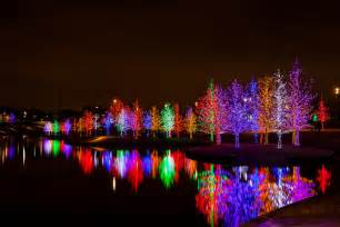 cities with the best christmas lights storage com