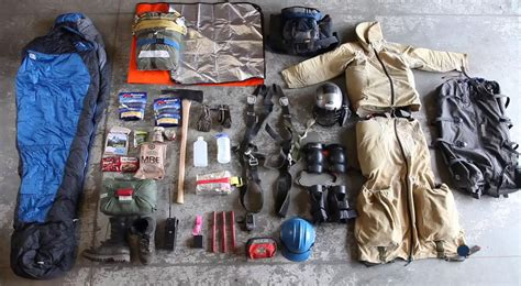 smokejumper equipment ten facts about smokejumpers the service s craziest