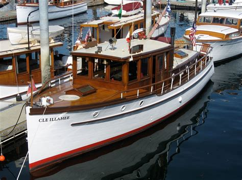 yacht and boat building courses wooden classic ship shapes trawler yacht boat