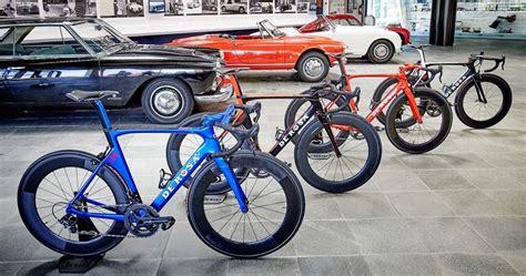 De Rosa SK Pininfarina   full carbon fibre race bicycle