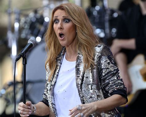 selin dion celine dion totally photobombed a couple s proposal