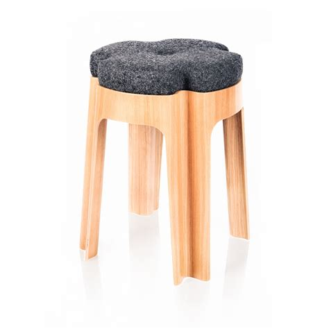 sgabello imbottito sgabello imbottito bloom uph by riga chair design aldis
