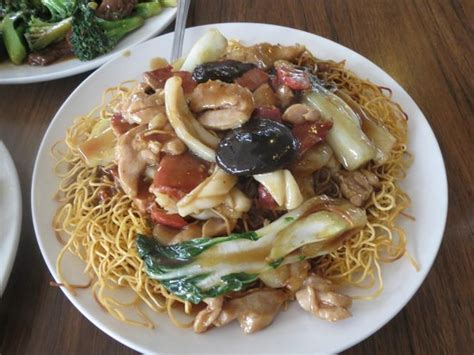 house chow mein image gallery house special chow mein