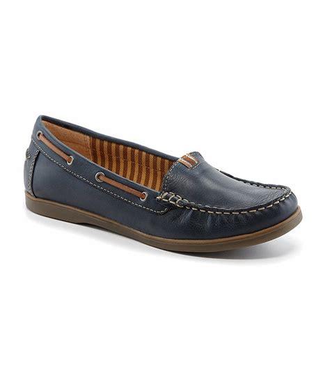 naturalizer hanover boat shoe leather sandals for