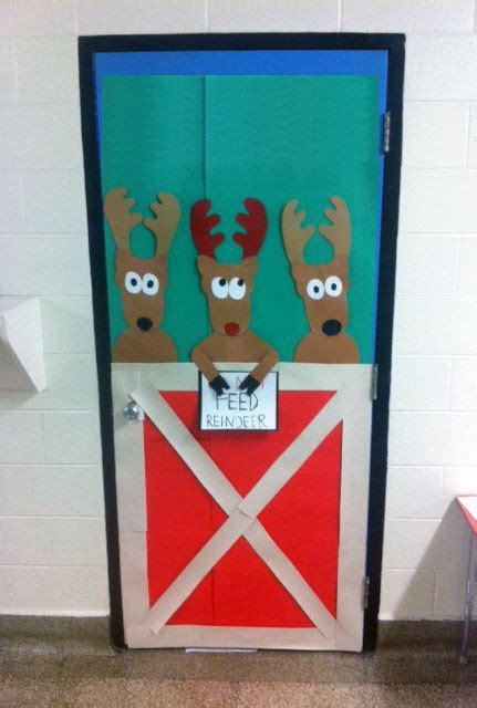 christmas themes classrooms 17 best images about art lessons mural on pinterest