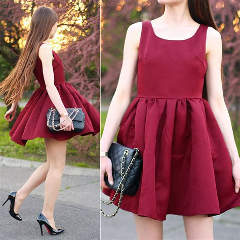 what color shoes to wear with a burgundy dress my