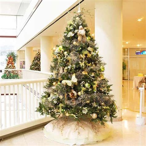 beautiful christmas trees 25 beautiful christmas tree decorating ideas