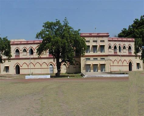 Government Mba Colleges In Bhopal by Government Science And Commerce College Benazir Gsc