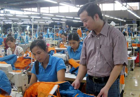textile footwear workers provided by manpower