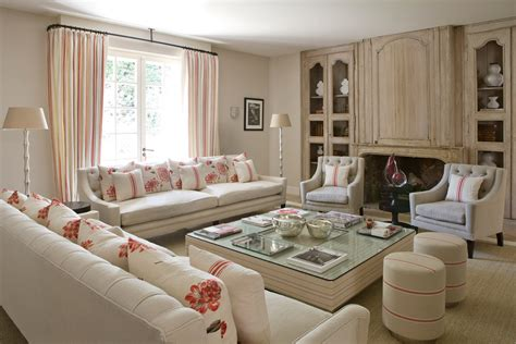stile francese arredamento una villa in francia arredata in perfetto stile