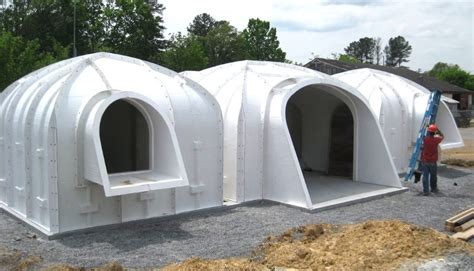 build a house a green roofed hobbit home anyone can build in just 3 days