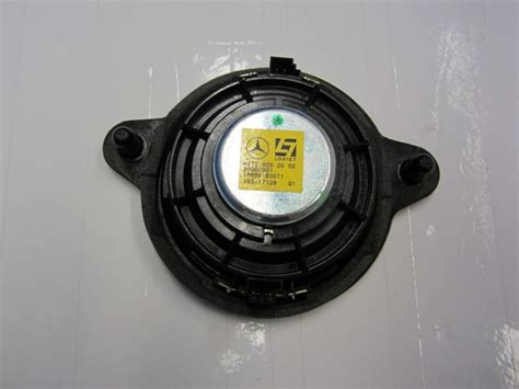 used auto parts mercedes mercedes speaker 2128202002 used auto parts