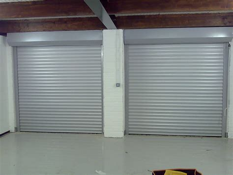 Aluminum Garage Doors A Secret Tip To Fix A Dented Aluminum Garage Door Solutions Garage Door