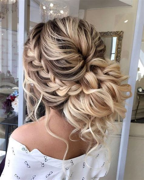 Wedding Hairstyles Thick Hair by Best 25 Thick Hair Updo Ideas On Hair Updos