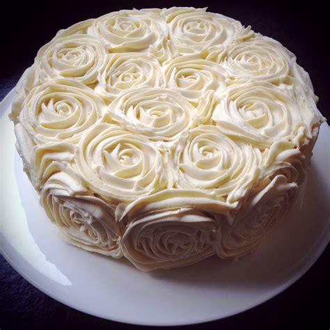 beautiful birthday cake   jayne