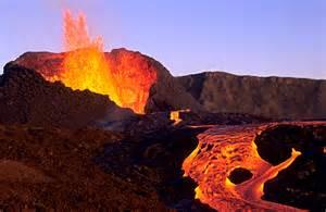 Volcan Ile de La Reunion Première éruption en 2016!