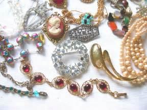 ... - Gold & Silver Buyers: Calaveras Crazy Costume Jewelry Celebration Jewelry