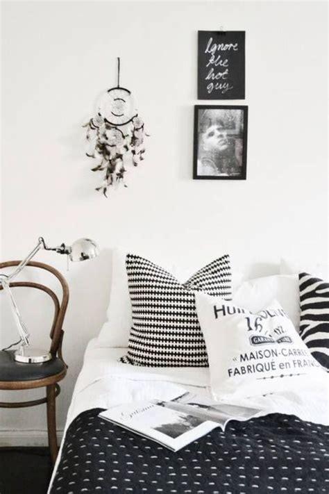 monochrome bedroom design ideas best 25 black white stripes ideas on pinterest