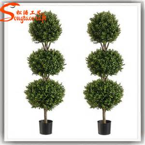 Faux Outdoor Topiary - outdoor artificial fake plastic green grass trees evergreen plants artificial boxwood mat