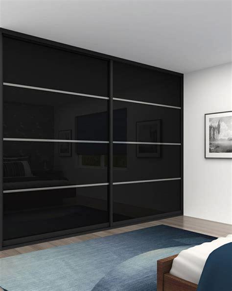 schwarzer kleiderschrank kleiderschrank mit schiebet 252 ren 55 moderne