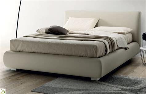 letto in pelle con contenitore letto imbottito con contenitore prisma arredo design