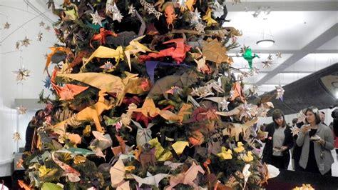 Origami Store Nyc - weihnachtsbaum aus origami kunst in new york lifestyle