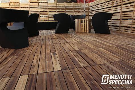 stile pavimenti legno pavimento legno per esterno deckout quadrotte stile unico