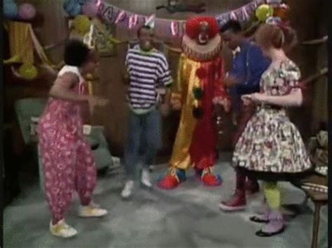 homie the clown in living color in living color homey the clown gif on make a gif