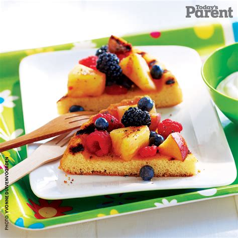Summer Pineapple Cake By Steam Juice Tsvs Cake With Grilled Summer Fruit Today S Parent