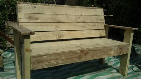 wood patio bench bench from pallets tutorial