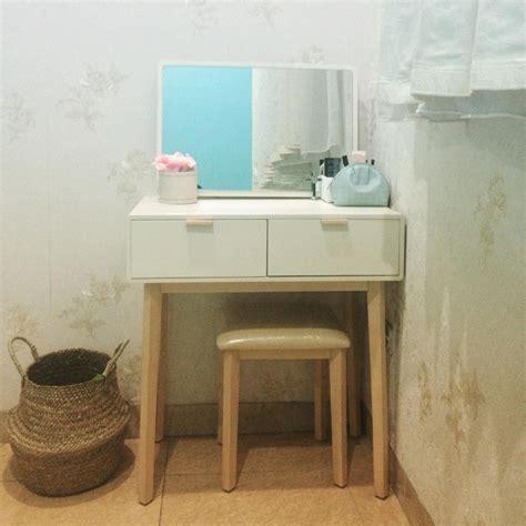 Meja Rias Wanita 27 model meja rias minimalis modern terbaru 2018 dekor rumah