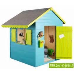 maisonnette sweety en bois pour enfants cabane cour et