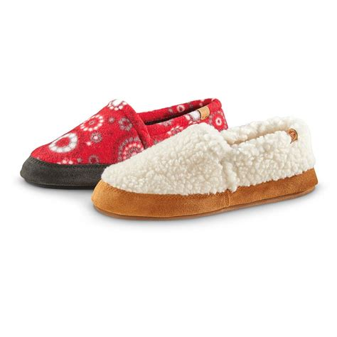 acorn house shoes acorn women s moc slippers 633906 slippers at sportsman s guide