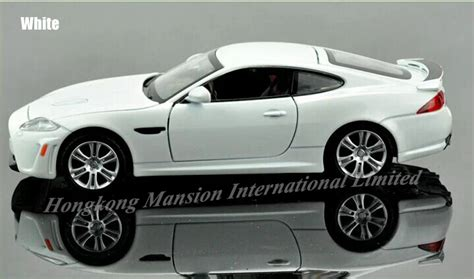 Diecast Mobil Jaguar Xkr Silver 1 32 scale alloy diecast metal car model for jaguar xkr s collection pull back toys car with