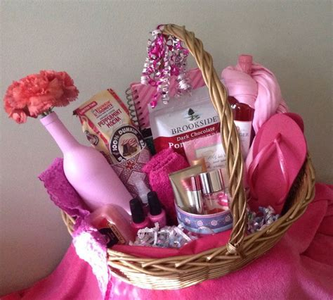 gifts for women 17 best ideas about gift baskets for women on pinterest